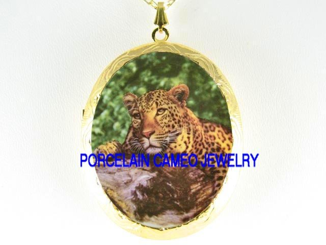 LEOPARD WILD CAT RESTING TREE CAMEO PORCELAIN LOCKET NK