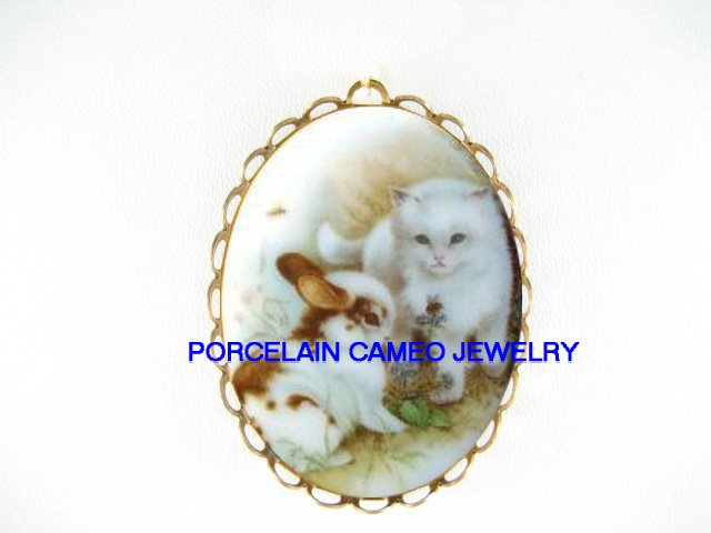 WHITE KITTY CAT WITH RABBIT BUNNY BEE*  CAMEO PORCELAIN PENDANT/PIN BROOCH