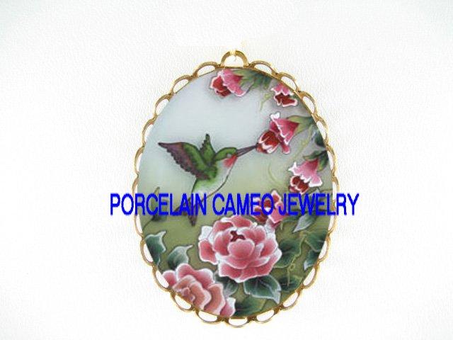 HUMMINGBIRD ROSE*  CAMEO PORCELAIN PENDANT/PIN BROOCH