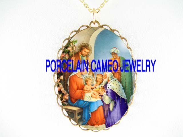 CHRISTMAS NATIVITY MANGER 3 KINGS PORCELAIN CAMEO NECKLACE