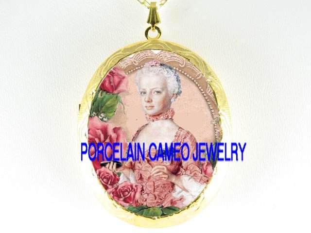 FRENCH QUEEN YOUNG Marie Antoinette ROSE *  CAMEO PORCELAIN LOCKET NECKLACE