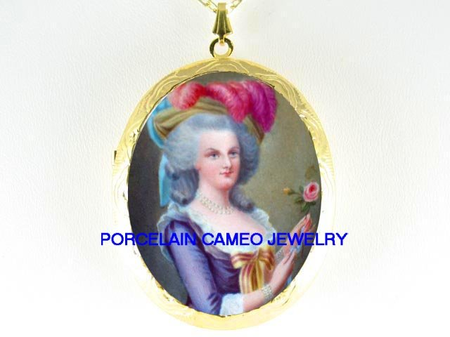 FRENCH QUEEN PURPLE Marie Antoinette ROSE *  CAMEO PORCELAIN LOCKET NECKLACE