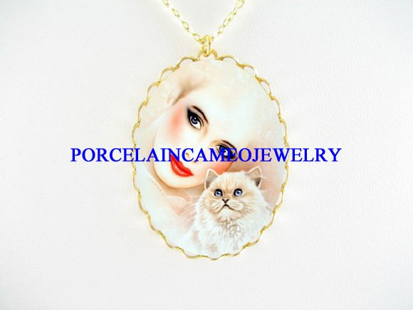 ART DECO WOMAN PERSIAN CAT PORCELAIN CAMEO NECKLACE