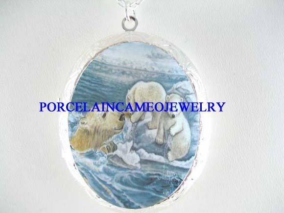 POLAR BEAR MOM 2 CUBS PORCELAIN CAMEO LOCKET NECKLACE