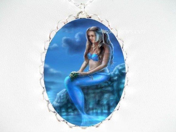 BLUE MERMAID OCEAN PORCELAIN CAMEO PENDANT NECKLACE