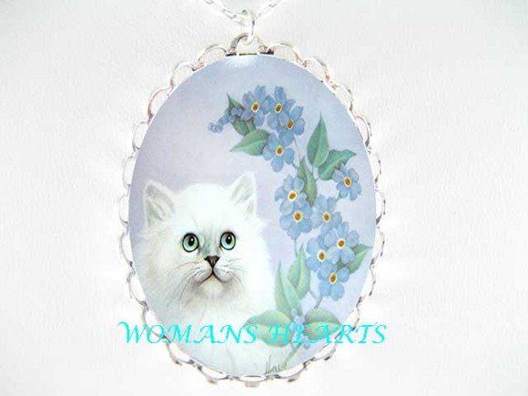 PERSIAN CAT FORGET ME NOT PORCELAIN CAMEO PEND NECKLACE
