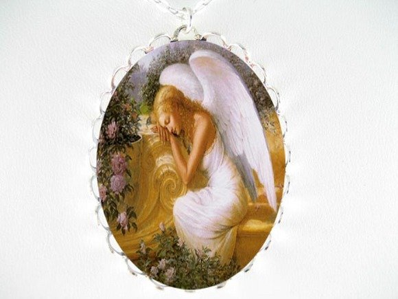 SLEEPING ANGEL ROSE PORCELAIN CAMEO PENDANT NECKLACE