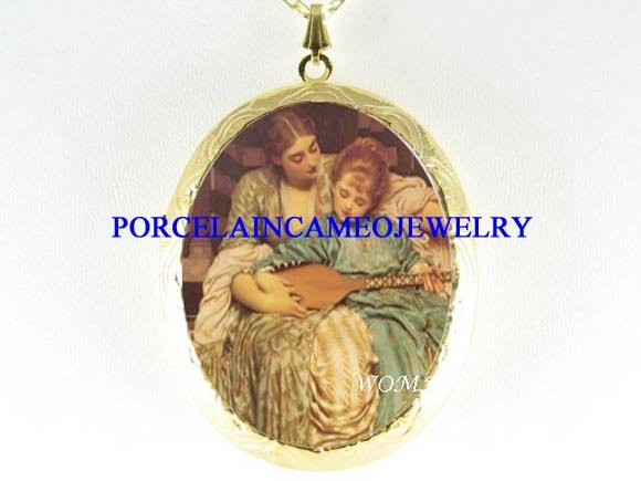 VICTORIAN MOTHER DAUGHTER PLAY MUSIC CAMEO LOCKET NK
