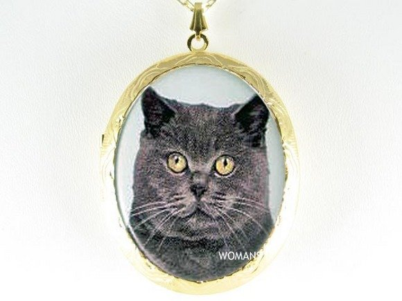 SWEET BLACK GREY CAT PORCELAIN CAMEO LOCKET NECKLACE