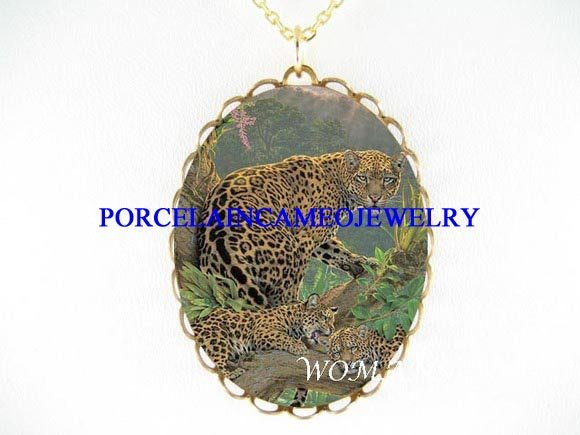 LEOPARD CAT MOM BABY 2 CUBS PORCELAIN CAMEO NECKLACE