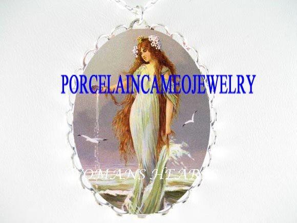 VICTORIAN MERMAID FAIRY SEASHELL PORCELAIN CAMEO NECKLACE