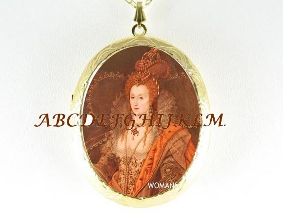 JEWELED QUEEN ELIZABETH PORCELAIN CAMEO LOCKET NECKLACE