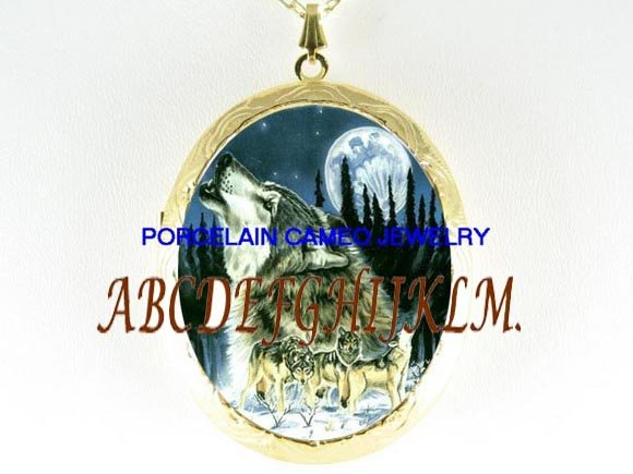 4 HOWLING GREY WOLF PACK MOON PORCELAIN CAMEO LOCKET
