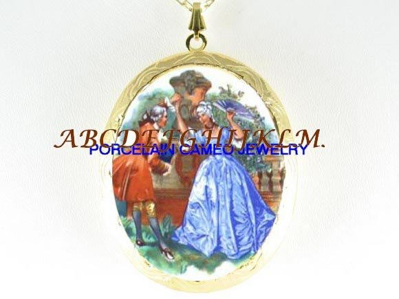VICTORIAN FRENCH DANCING COUPLE PORCELAIN CAMEO LOCKET