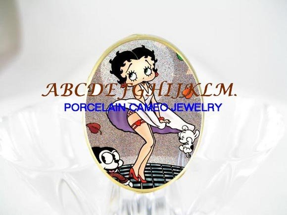 BETTY BOOP MOVIE STAR PORCELAIN CAMEO RING 5-9
