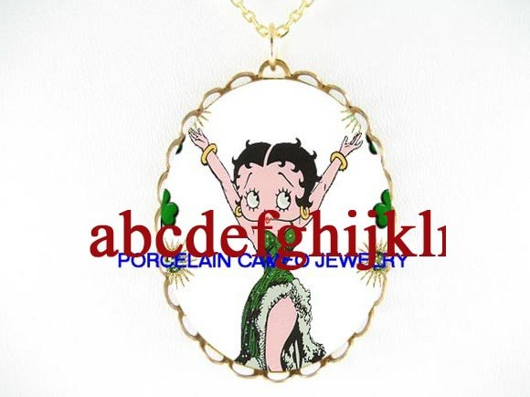 IRISH SHAMROCK BETTY BOOP   * CAMEO PORCELAIN NECKLACE