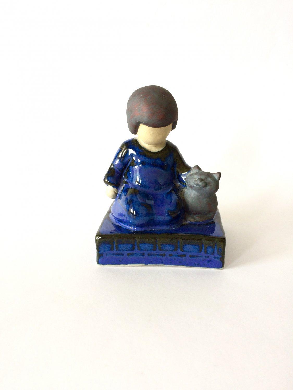 JIE Ceramic Child & Cat Figurine, Design Ewa Jarenskog, Vintage JIE Gantofta Swedish Pottery