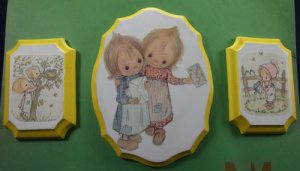 Precious Moments Wall Palques with a little friends theme