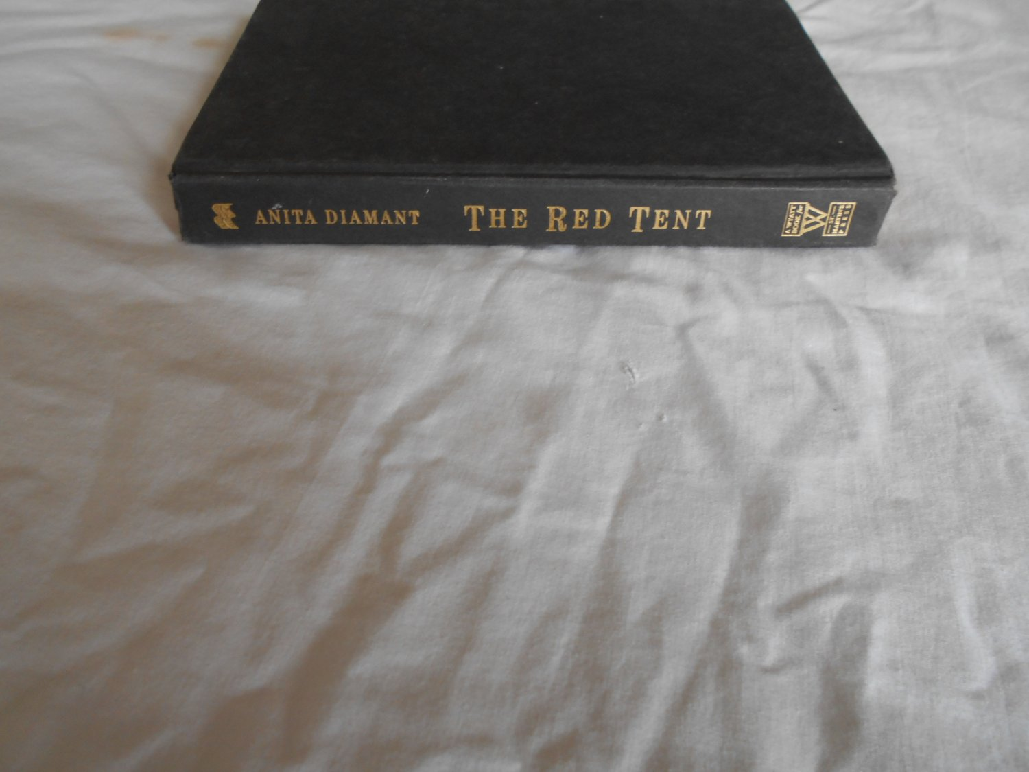 The Red Tent by Anita Diamant (1977) (GR2) Religious, Historical Fiction, Christian
