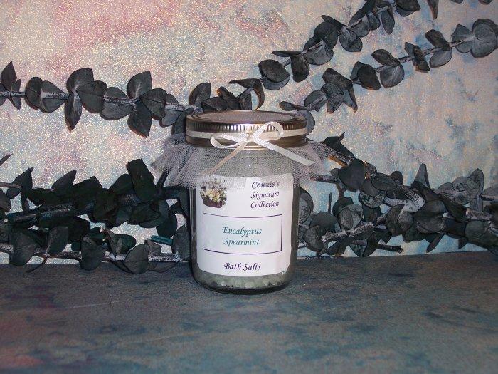8 Oz Bath Salts - Your Choice of Fragrance