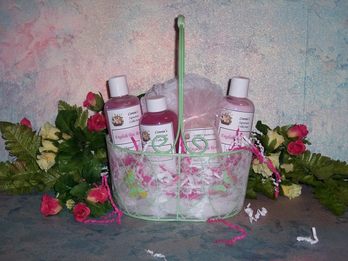 Ladies Spa Gift Basket     Your Choice of Fragrance