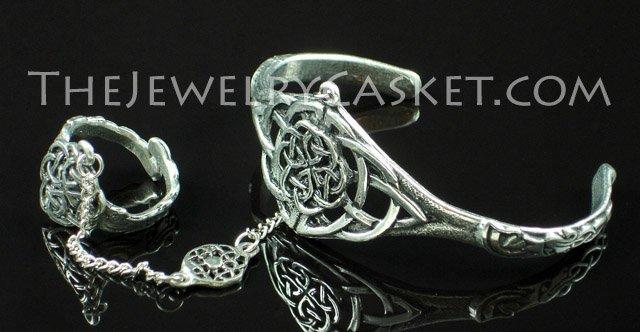Round Celtic Knot Slave Bangle ~ Bracelet w/ Ring