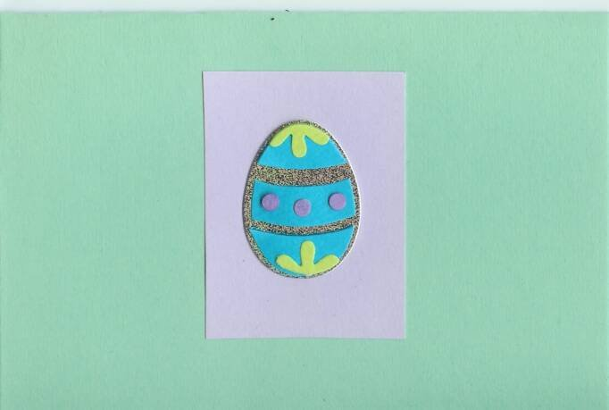 Easter Egg on Mint Green Card