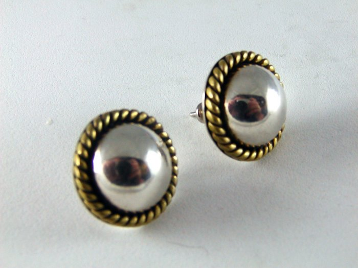 MEXICAN TAXCO STERLING SILVER PIERCED EARRINGS