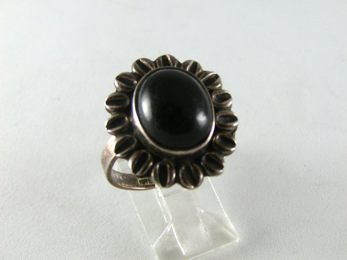 VINTAGE MEXICAN STERING SILVER BLACK ONYX RING SZ 9