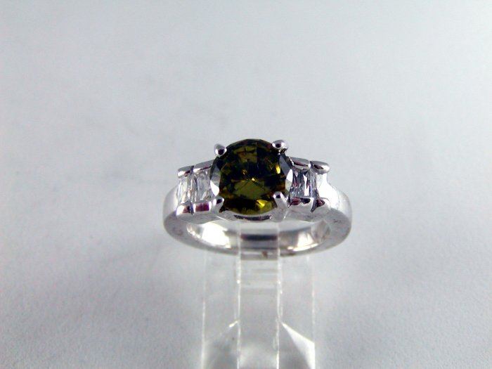 VINTAGE STYLE STERLING SILVER PERIDOT AND CZ RING SZ 5 1/2