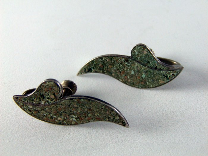 VINTAGE MEXICAN STERLING SILVER EARRINGS DESIGNED SIGNED