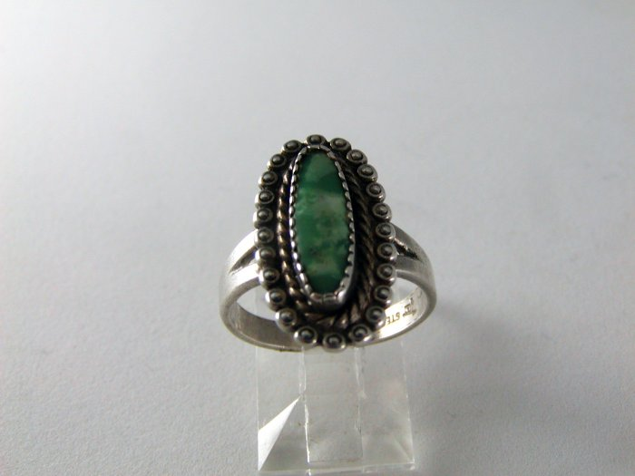 VINTAGE BELLS TRADING POST NATIVE AMERICAN STERLING TURQUOISE RING