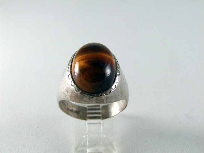 VINTAGE NATIVE AMERICAN STERLING SILVER TIGER EYE RING SZ 11 1/2