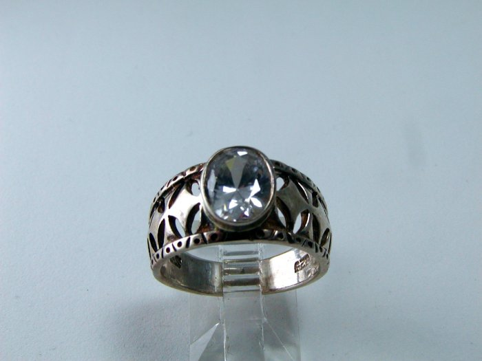 STERLING SILVER FILIGREE SPARKLY CZ RING SIZE 8 1/4