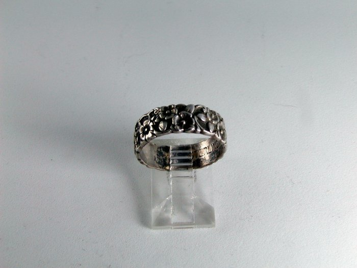 BEAUTIFUL VINTAGE STERLING SILVER FLOWER RING SIZE 7