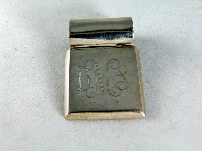 VINTAGE STERLING SILVER INITIAL DMS PENDANT
