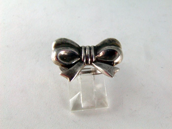VINTAGE STERLING SILVER BOW RING SIZE 6 1/4