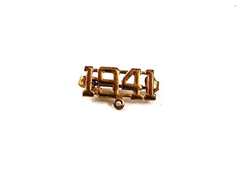 WWII Goldtone 1941 Pin 61317