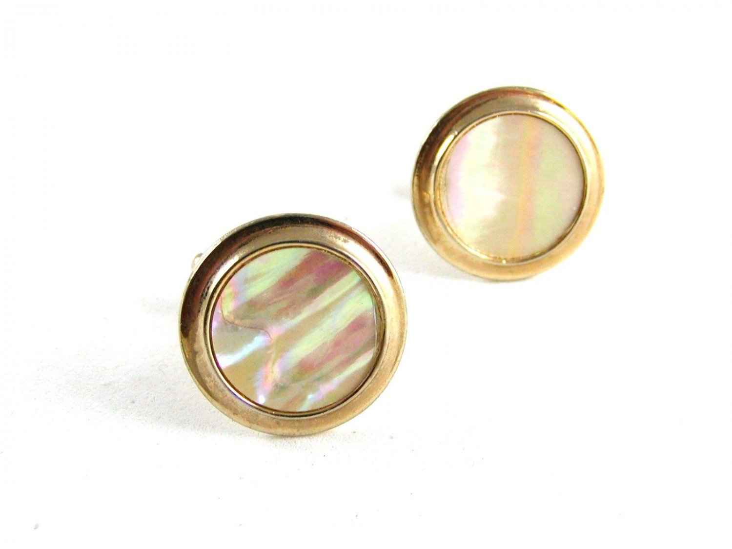 Unmarked Goldtone & Mother of Pearl Cufflinks 11062013df