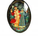 Russian Santa Claus & Mrs. Black Lacquered Wood Brooch Unbranded 91115