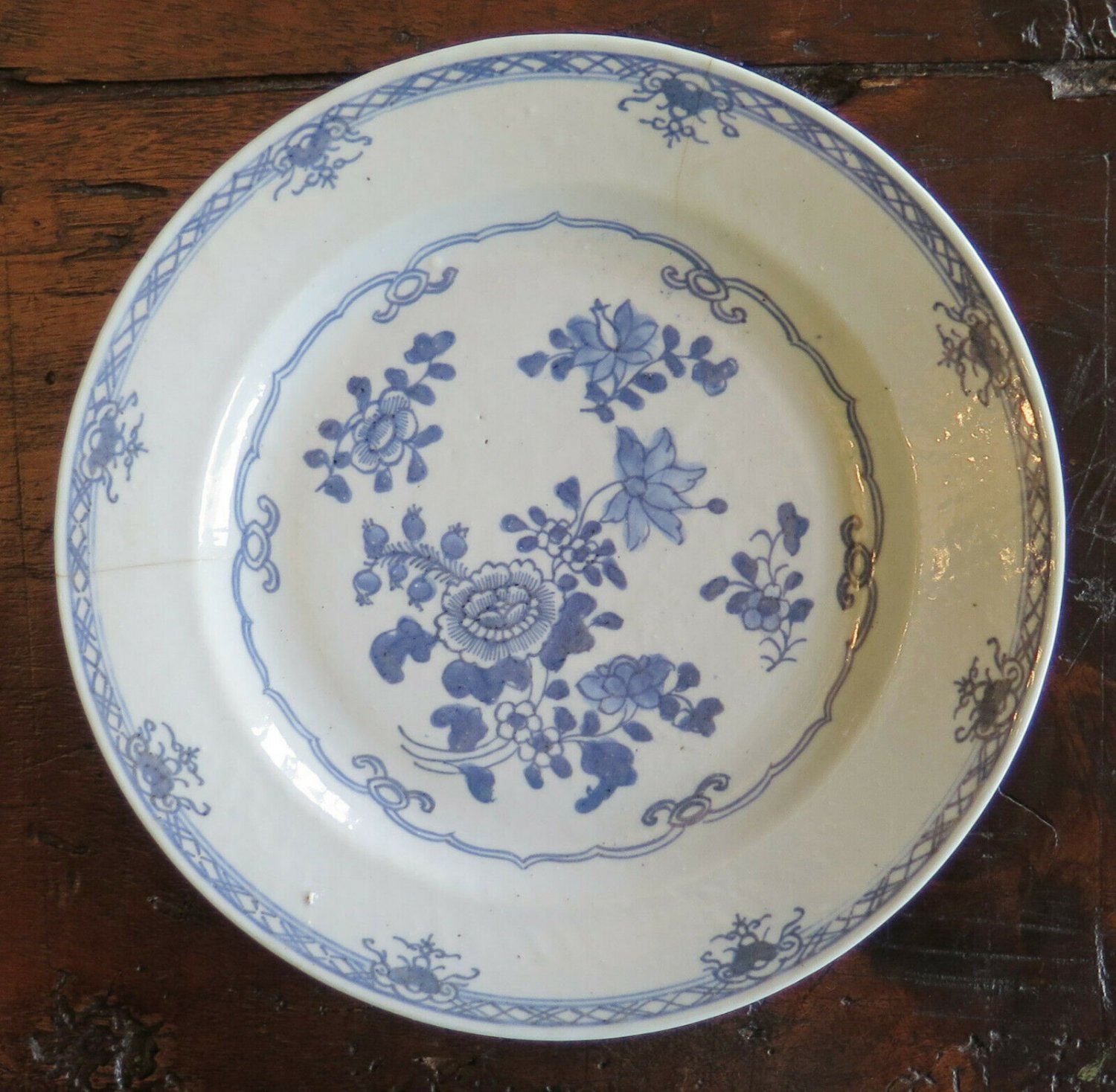 Plate in Ceramic Antique White Blue Chinese Period XVIII Hand Painted MM