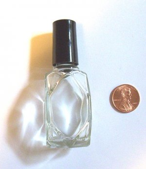 Tetradecagonal Shaped Small Bottle with scented oil