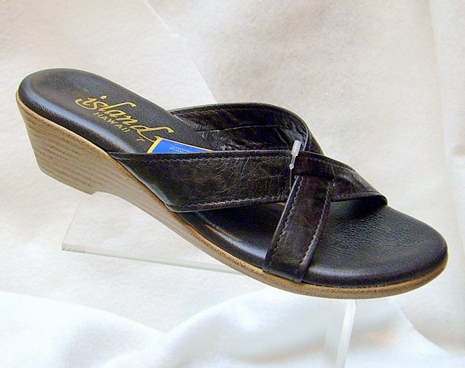 Island Slipper Women's T940 Sandal - BLACK