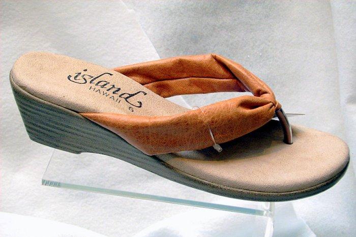 Island Slipper Women's T516 Sandal - TAN