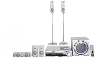 Panasonic SC-HT680 - 5 Disc 600 Watts Home Theater System With Front Tower Speakers