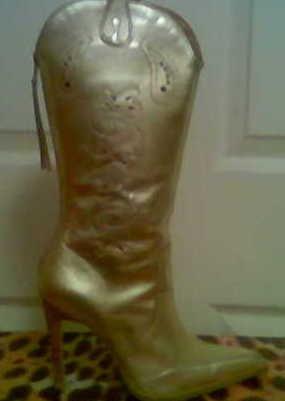 XOXO Gold Chickadee Knee Boots