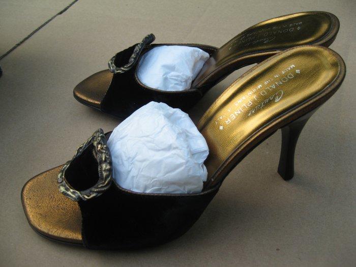 Donald Pliner Nervo Slide Sandal Shoes Black Velvet NEW in box