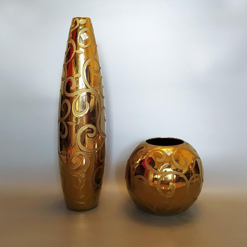 1970s Gorgeous Big Gold Pair of Vases by Enrico Coveri. Made in Italy