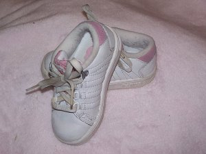 K Swiss Pink and White Sneakers Size 5