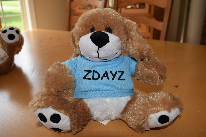 Zdayz Big Paw Dog with blue ZDayZ T-shirt